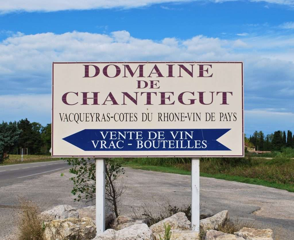 Vacqueyras naambord van Domaine de Chantegut