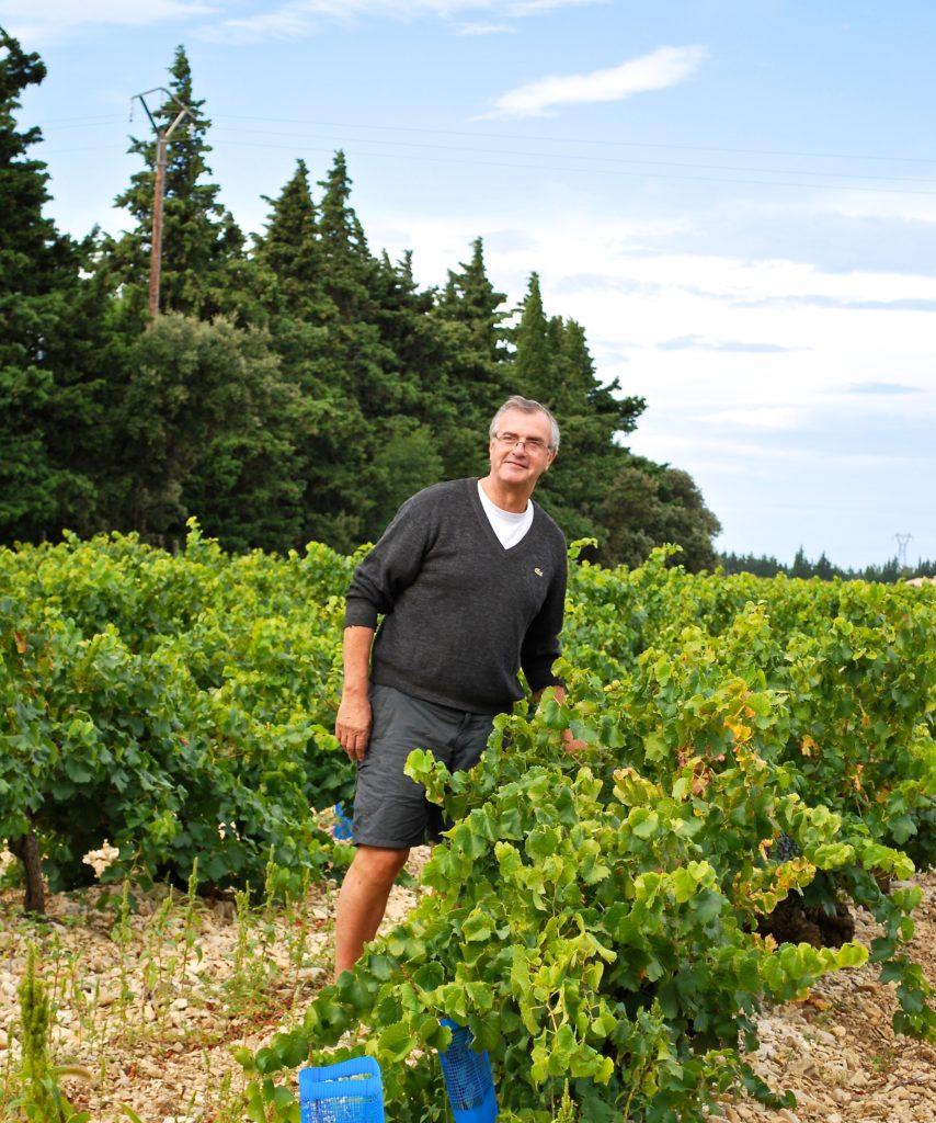 Pierre Marseille van domaine de Chantegut in zijn wijngaard